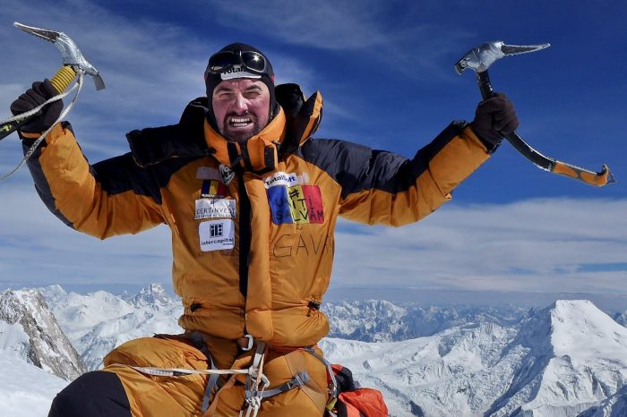 Alex Gavan renunta la ascensiunea pe Nanga Parbat pentru a cauta doi colegi disparuti