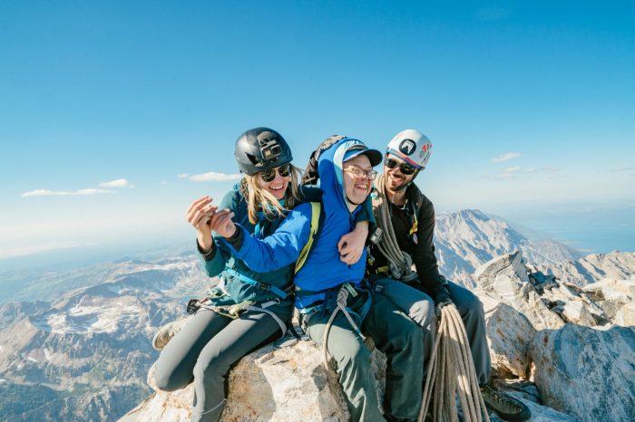 Andrew Harris prima persoană cu sindrom Down care escaladează vârful Grand Teton!