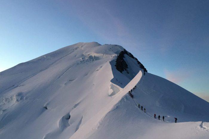 Un roman a murit pe Mont Blanc in urma unei caderi pe peretele Gouter