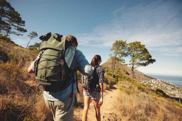 4 sfaturi utile pentru a-ti creste rezistenta in drumetiile montane