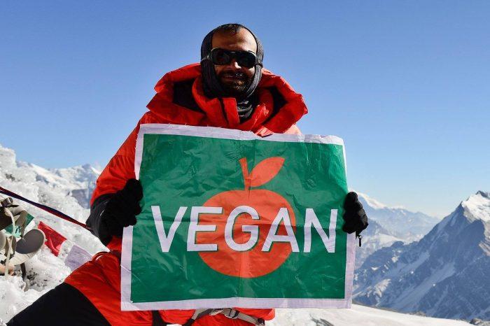 Kuntal Joisher primul vegan care a urcat Muntele Everest